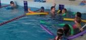 """Zajęcia na basenie w ramach projektu """" Umiem pływać"""" - czerwiec 2021"""